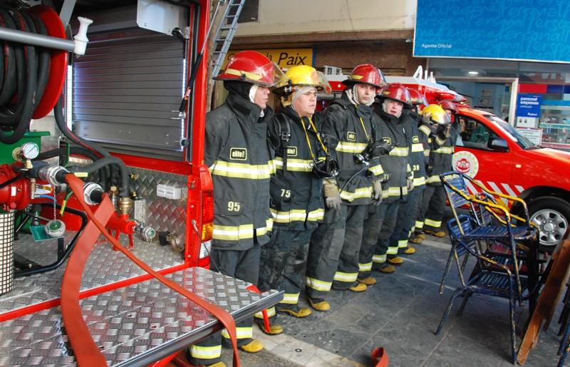bombero en el Consorcio Provincial de Prevención y Extinción de Incendios